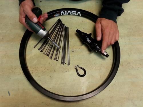 בניית גלגלים